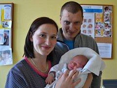 MARTIN MAZURA se narodil 25. dubna v 8.40 hodin mamince Lence a tatínkovi Petrovi Mazurovým ze Záchlumí. Chlapeček vážil 3300 gramů. Tatínek byl mamince u porodu velkou oporou. Doma už se na mladšího brášku těšil starší Tomáš.