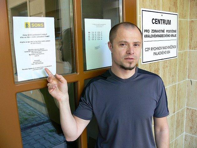 VEDOUCÍ CENTRA pro zdravotně postižené Martin Gálus informuje o rozšíření služeb  rychnovské pobočky.