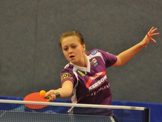 Dvěma body přispěla Daniela Rozínková (na snímku) k jasnému vítězství Dobrého nad Havířovem v sedmém kole extraligové soutěže stolních tenistek.