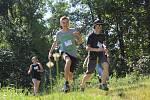 Adam sní o účasti na paralympiádě, pomáhají mu i děti z Borohrádku.