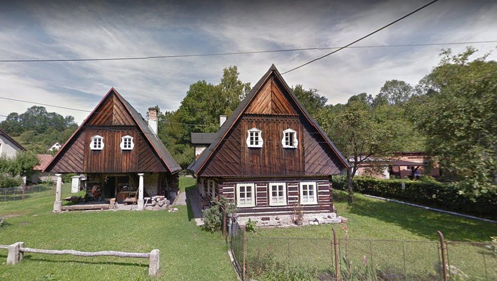 Kovárna a chalupa v Nízké Srbské dnes.