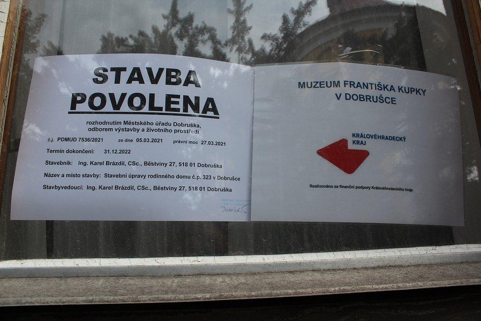 Budoucí muzeum. Dům, kde žili Kupkovi v Dobrušce. Foto: Deník/Jana Kotalová