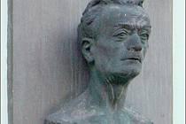FRANTIŠEK KUPKA se narodil 23. září 1871 v Opočně, jeho rodný dům v Zámecké ulici je stálou připomínkou. Dlouhodobý projekt, který je spojen s jeho jménem, dostává zelenou, záštitu převzal ministr kultury Jiří Besser