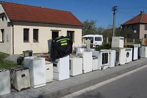 Už 1500 hasičských sborů pomáhá recyklovat staré elektro.