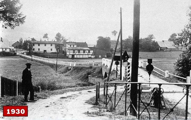 SILNIČNÍ HRANIČNÍ přechod Orlické Záhoří – Mostowice. Dobová fotografie pochází zroku 1930.Zdroj: Muzeum a galerie Orlických hor vRychnově nad Kněžnou