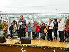 Oslavy církevní školy v Borohrádku