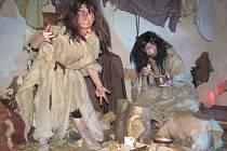 Na potštejnském zámku nechyběla ani jedová chýše, v té bydlela čarodějná babka s dědkem.  Na závěr prohlídky se sešly všechny čarodějnice na svém reji.