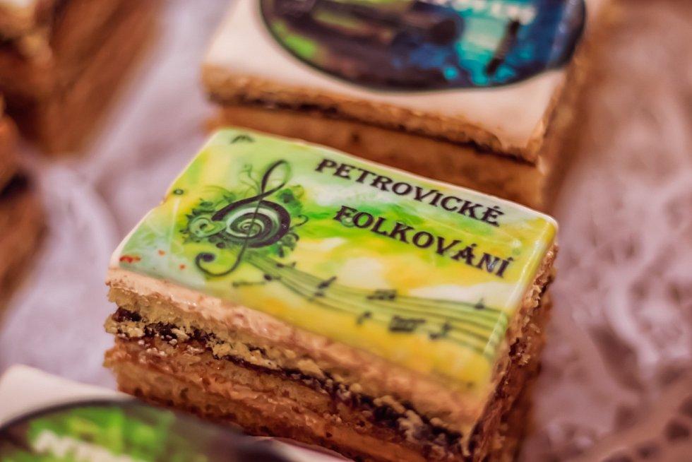 Petrovické folkování