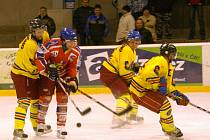 Z utkání závěrečného kola první části krajské ligy Opočno - Třebechovice (1:7).