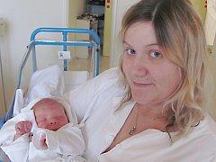 LUKÁŠ VOLEK  je první  radostí pro Ivanu Forsterovou a Jana Volka z Dlouhé Vsi. Svět uviděl poprvé 19. listopadu, kdy vážil 3,89 kilogramů a měřil 53 centimetrů. Tatínek byl u porodu a zvládl to dobře.