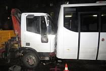 Opilý řidič napáchal škodu a zaměstnal policii