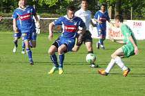Krajský fotbal: SK Týniště nad Orlicí - FC Olympia Hradec Králové.