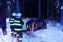 Havárie osobního automobilu u obce Lhoty u Potštejna.