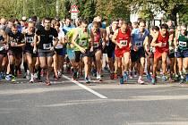 Start běžeckého závodu.