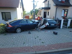 Havárie osobního automobilu v Kostelecké Lhotě.