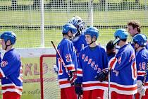"""Druholigoví hokejbalisté HBC Rangers Opočno po výborných výkonech vyhráli finálovou sérii play off s rezervou pardubických """"Sklářů"""" a nyní je čeká baráž o první ligu."""