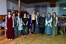 Módní přehlídka ve stylu retro oslavila svátek žen.