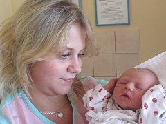 MICHAELA KOTKOVÁ  je na světě od 17. října od 8.46 hodin. Radují se z ní rodiče Michaela Šponiarová a David Kotek ze Solnice. Holčička si na svět přinesla 2,98 kg a 49 cm. Tatínek byl u porodu mamince oporou.