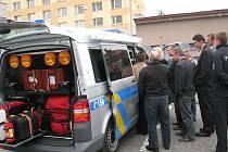 Nový vůz  Volkswagen představila rychnovská Policie ČR.