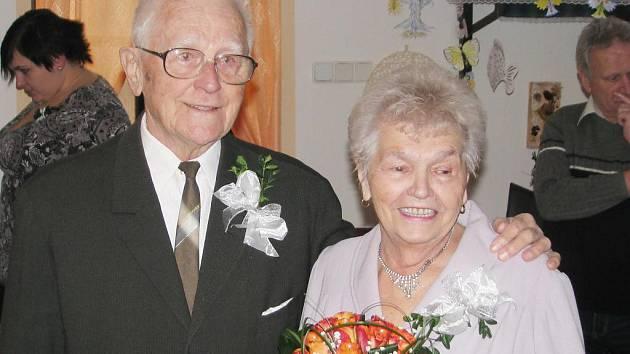 Manželé Bláhovi z Mokrého přijali gratulace k 65 letům společně stráveného života