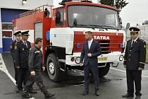 Hasiči v Borohrádku získali profesionální zásahové vozidlo.