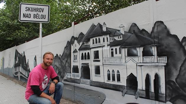 Petr Lenfeld a Porkertova vila. Foto: Deník/Jana Kotalová