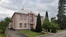 V Čermné nad Orlicí došlo na odložené oslavy devadesátin školy