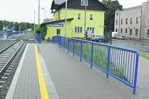 Vlakové nádraží v Rychnově má nová nástupiště.