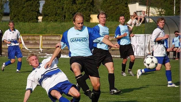 Fotografie ze sobotního městského derby TJ Dobruška - FC Domašín 5:1.