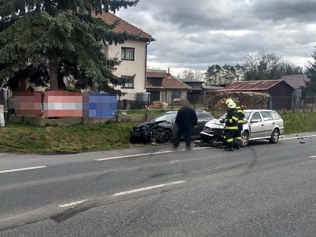 Záchranáři vyjeli kvážné nehodě uDobrušky, na místě zemřel člověk.