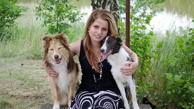 EVA KOČNAROVÁ se svými psími miláčky – Border koliemi, se kterými absolvuje všechny velké závody v agility.