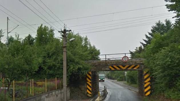 Železniční viadukt v Borohrádku.