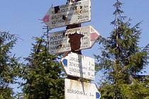 Škody po vichřici zjišťují i turisté.