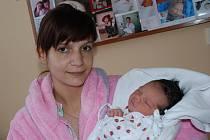 LILIANA KUBCOVÁ: Rodiče Denisa Šolcová a Tomáš Kubec z Rychnova se radují z narození dcery Liliany. Na svět se poprvé podívala 29. 12. ve 13.04 hodin s váhou 3,11 kg a délkou 49 cm.