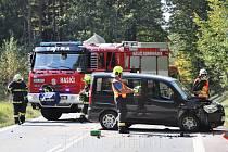 Dopravní nehoda mezi Borohrádkem a Česticemi
