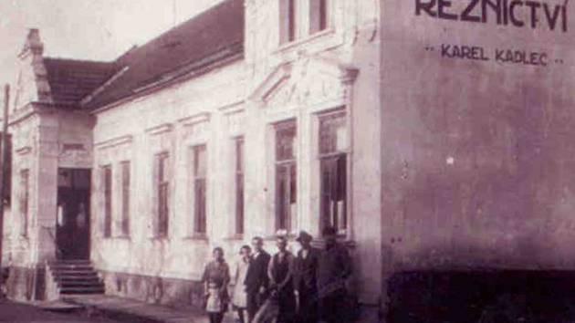 Jak jsme žili v Československu: Černíkovice.