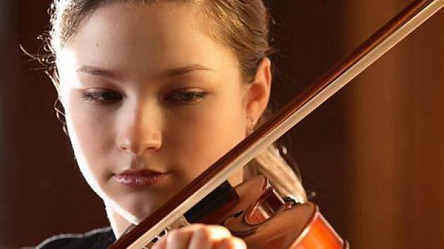 VA KRAMPEROVÁ si poradí s nástrojem i studenty.
