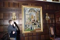 Jedním ze zastavení během sobotní procházky po renesančních obrazech v opočenském zámku byl i známý Žerotínský epitaf. Kromě své umělecké hodnoty dokumentuje i podobu části interiéru opočenského kostela Nejsvětější Trojice v době kolem roku 1575.