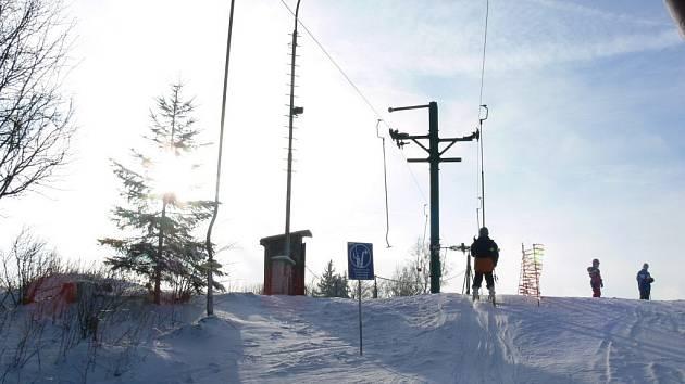 V Sedloňově začala lyžařská sezona.