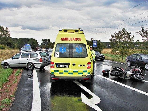 Nehoda na křižovatce v Týništi nad Orlicí