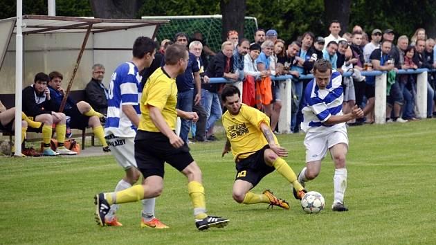 Dvě stě diváků navštívilo sousedský duel Lípa – Albrechtice. Z výhry 6:3 se radovali domácí fotbalisté.