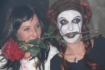 Oslava svátku halloween v rychnovském baru Halloween.