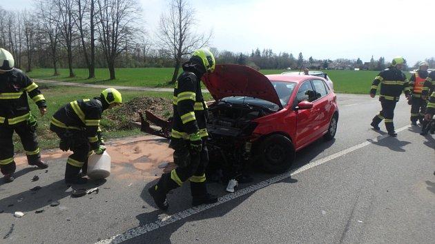 Na Rychnovsku koncem víkendu vyjížděli hasiči kdopravním nehodám.