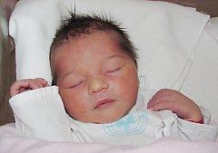 NELLA BARTÁKOVÁ: Rodiče Nikola Řeháková a Lukáš Barták z Kostelce přivedli 4. září ve 14.56 hodin na svět dceru. Vážila 3,4 kg a měřila 51 cm. Tatínek to u porodu zvládl na jedničku.Na sestřičku se těšila Terezka
