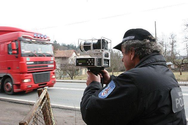 Městská policie Dobruška - měření v obci Chábory.