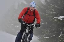 Nejen psí spřežení, ale také bikeři zdolávali vrcholy Orlických hor