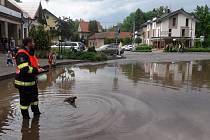 Blesková povodeň zasáhla Potštejn na Rychnovsku