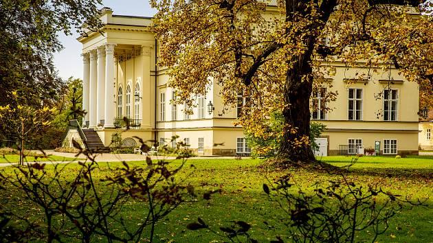 Koncert se uskuteční v Novém zámku v Kostelci nad Orlicí.