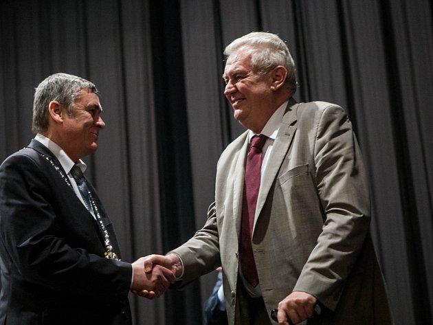 Petr Tojnar po předání daru prezidentovi.