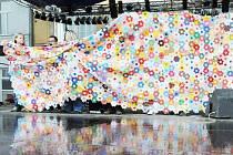 Rekordní deka je vystavená v Dobrušce